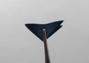 袋つまみ シューズクリップ 作り方6
