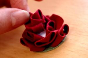 バラ花芯貼り付け