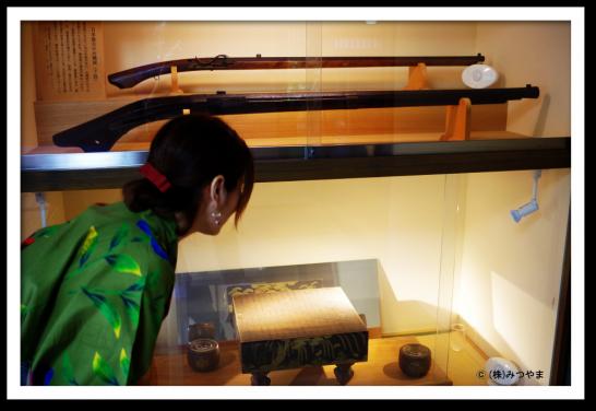 徳川家康と豊臣秀吉が対局した碁盤と日本最古の種子島銃
