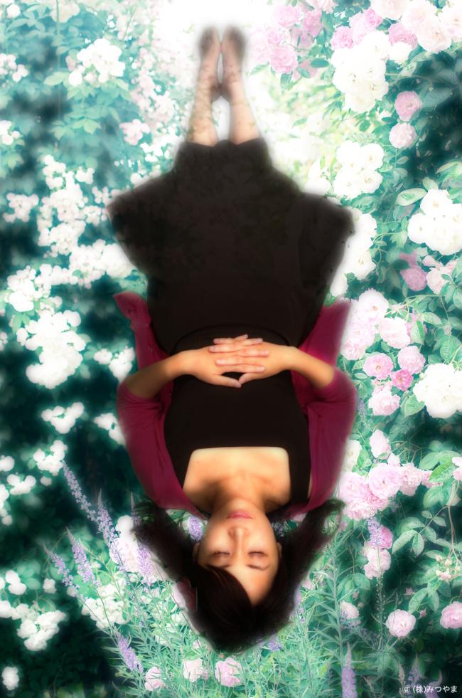 眠りにつく着物ガーリー女子-2