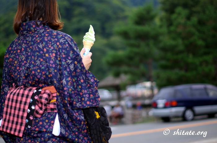 嵐山でソフトクリーム