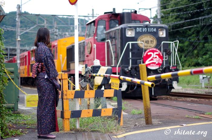 嵐山のトロッコ列車の写真