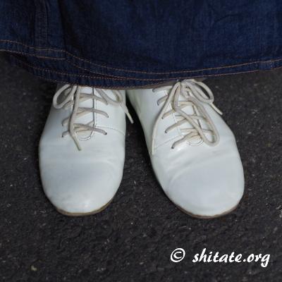 デニム着物とアンティークの靴