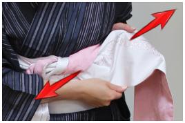 浴衣帯結び方 帯の両端開く2-左2