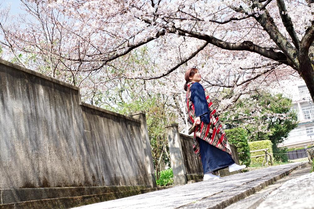 アジアンテイストなジレで春の着物コーデ