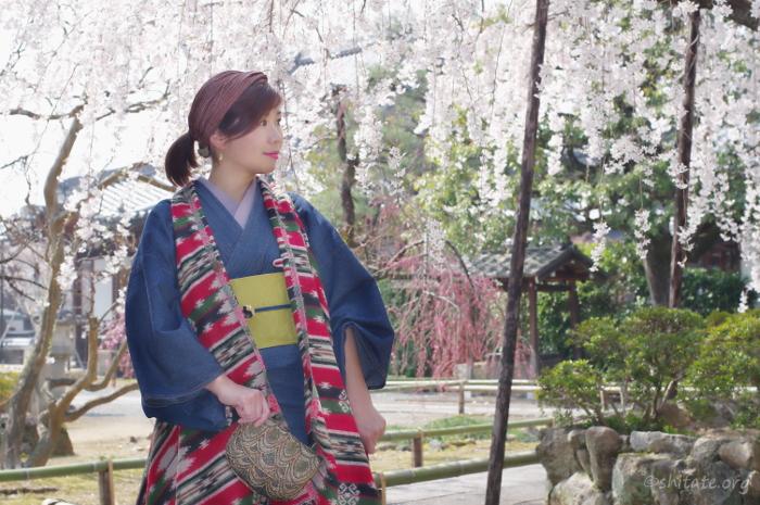 アジアンテイストなジレで春の着物コーデ4