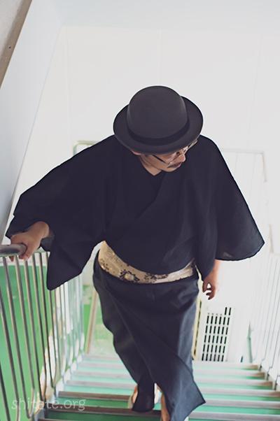 男性の浴衣と帽子のコーデ3