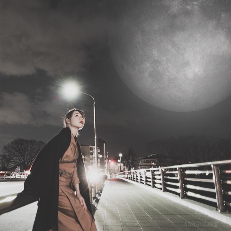 着物ポートレート・満月と着物女子